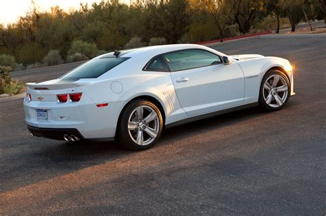 2013 Chevy Camero by 2013 Chevrolet Camaro Reviews And Rating Motor Trend