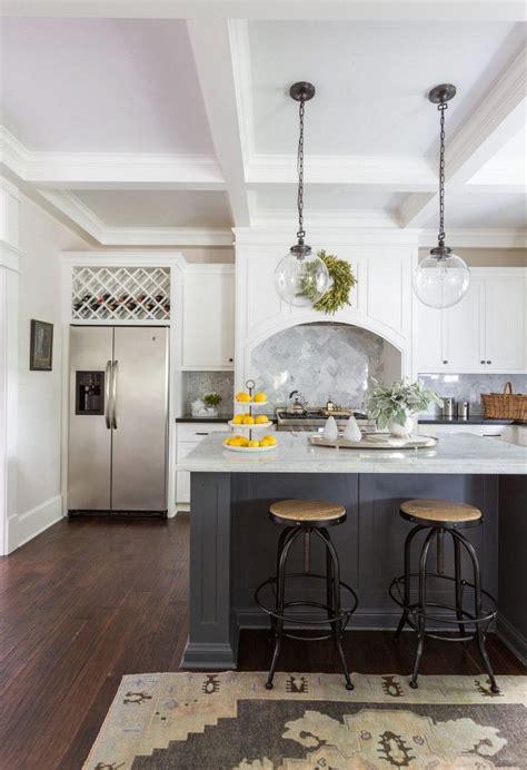benjamin moore athena  flat soothing kitchen paint