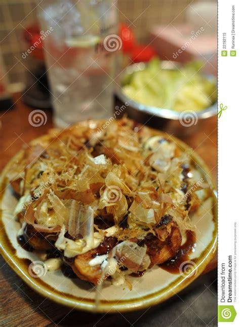 cuisine japonais cuisine japonaise takoyaki poulpe grillé photo libre de