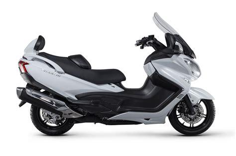 Suzuki Burgman 650 by Suzuki Burgman 650 Executive P H Motorcycles