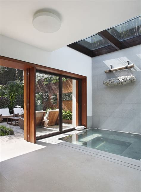 Indoor Tub by 25 Best Ideas About Indoor Tubs On