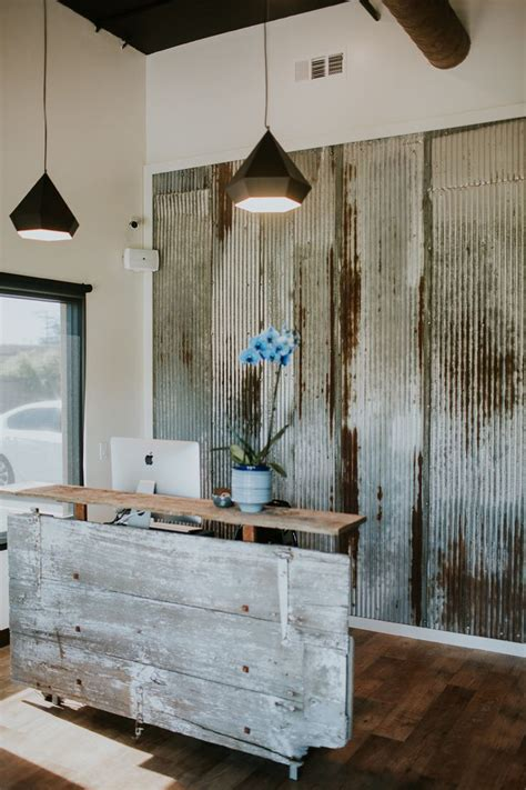 25 Best Ideas About Rustic Salon Decor On Pinterest