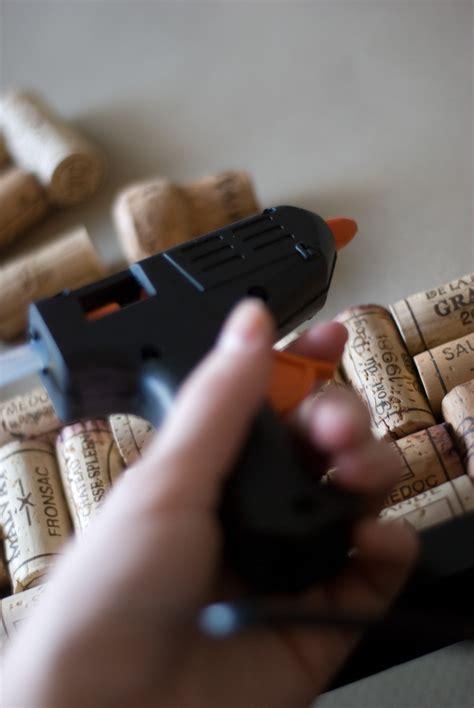 diy wine cork bulletin board  corkboard construction