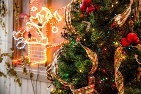 konsep dekorasi natal  sederhana  elegan cocok