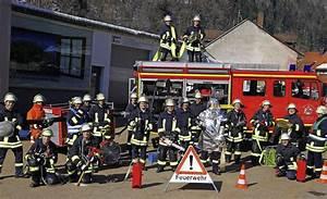 Feuerwehr Jobs Im Ausland : mit 18 musste jeder zur feuerwehr zell im wiesental ~ Kayakingforconservation.com Haus und Dekorationen