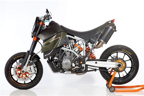 Austrian Scalps. A Bmw Designer's Take On The Ktm 950