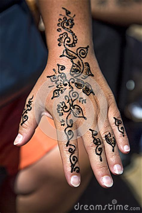 henna tattoo   hand stock illustration image