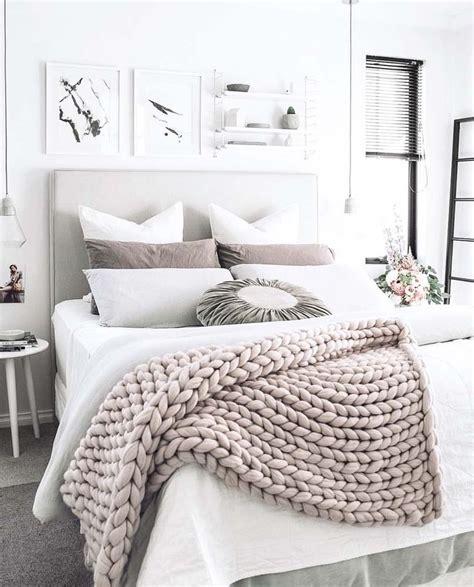 white decor best 25 white bedroom decor ideas on pinterest white
