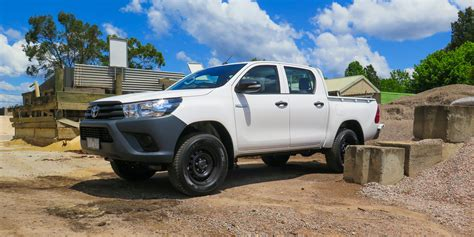 Toyota 4x4 by 2016 Toyota Hilux Workmate 4x4 Review Caradvice