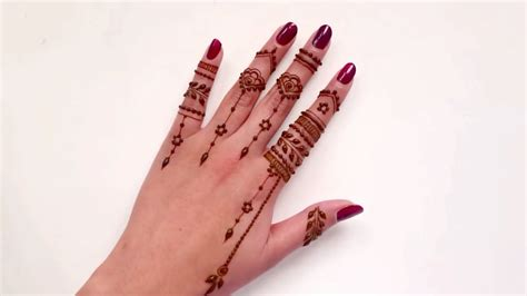 casual everyday finger henna tattoo design beautiful