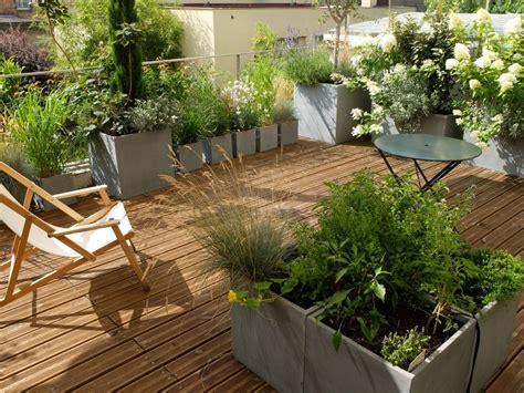 aménagement terrasse et jardin photo projet am 233 nagement paysager d une terrasse 224 paysagsite l aurey des jardins