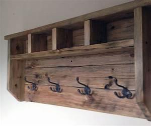 Farmhouse Coat Hanger From Pallet Wood Pallet wood