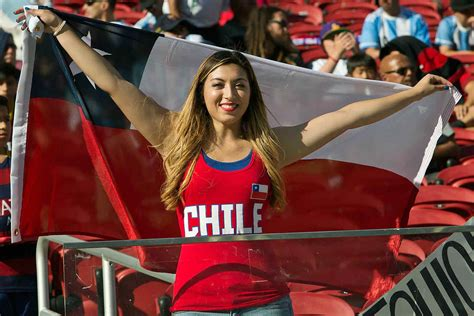 Top 10 Hottest Female Football Fans This World Cup Hot