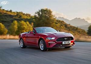 2021 Ford Mustang Convertible Performance and MPG | CarIndigo.com