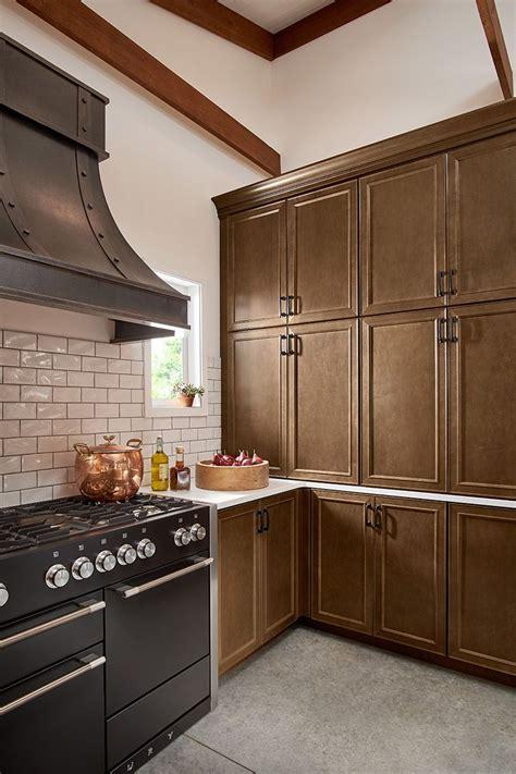rustic kitchen design cabinet door style  maple