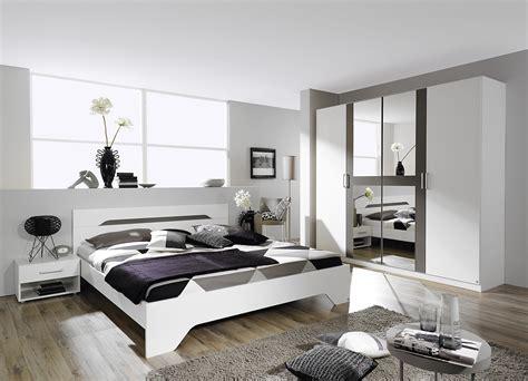 chambre a coucher adulte design chambre adulte design blanche et grise rudie chambre