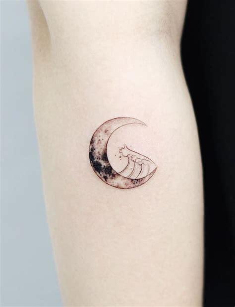 moon tattoo tattmaniatattmania