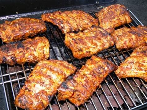 cuisiner des travers de porc travers de porc au barbecue pour 6 personnes 2kgs de travers de porc 10 cuillères à soupe de