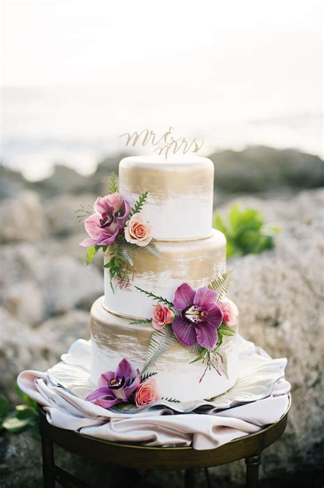 tips advice for your wedding cakes destination wedding details