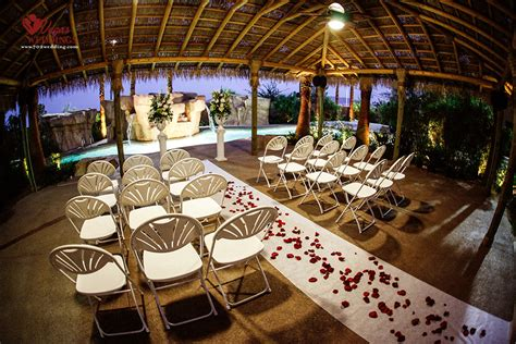 Las Vegas Outdoor Wedding Packages- Small Intimate Setting