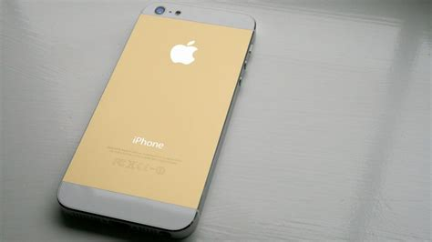 gold iphone apple s next iphone could come in gold