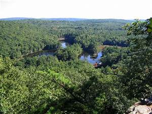 Clark University Outing Club: Leominster State Forest hike ...