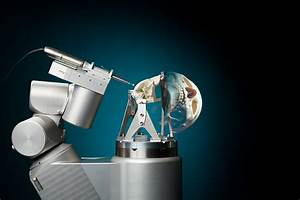 New robot for skull base surgery alleviates surgeon's workload