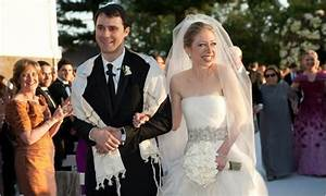 [Chelsea clinton nipples picture] [chelsea clinton in a skirt]
