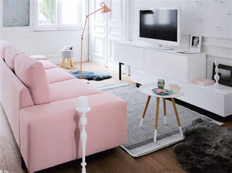 déco salon blanc dans appartement haussmannien 30 idées déco pour un petit salon décoration