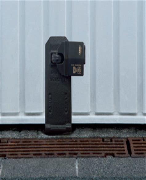 comment s 233 curiser sa porte de garage des cambriolages le cas des portes de garages basculantes