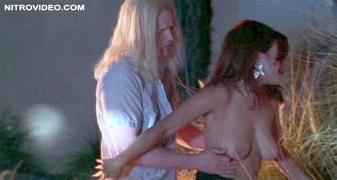 Jennifer Tilly Fast Sofa Nude Scene - Live Web Cam Naked