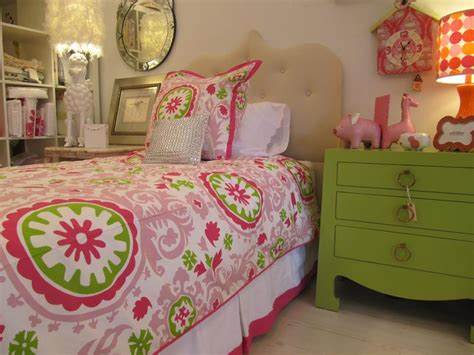 Adorable Pink And Green Bedroom Designs For Girls-rilane