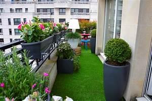 Amenager Petit Balcon Appartement : id e d coration balcon long et etroit balcon pinterest ~ Zukunftsfamilie.com Idées de Décoration