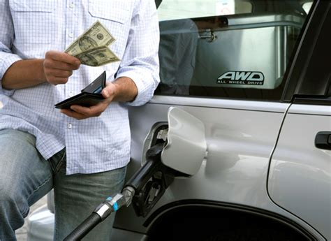 Don't Be Tricked By Gas Station Cash Discounts