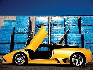 2006 Lamborghini Murcielago LP640 - Car Review & Road Test ...