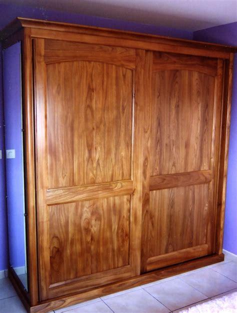 conception chambre fabricant d 39 une armoire contemporaine à portes