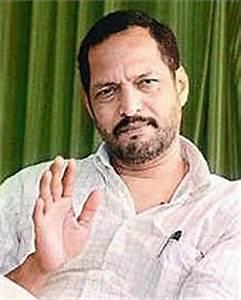 Nana Patekar to make son Malhar Patekar hero debut ...