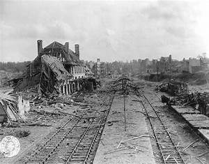 Fichier:Saint-Lô Railway station destroyed.jpg — Wikipédia