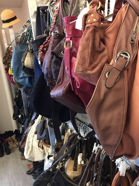 Does Platos Closet Buy Purses by Plato S Closet Review The Spirited Thrifter