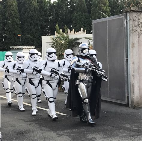 Season Of The Force  Reviewed!  Dlp Town Square  Disneyland Paris News, Guides And Discussion