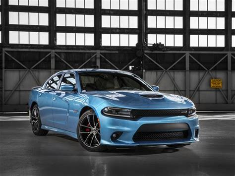 Average New Car Price Zips 26% To $33,560