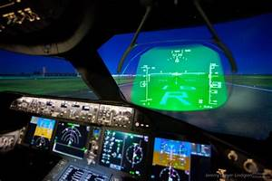 Head Up Display (HUD) on (I think) a BBJ | On Wings ...