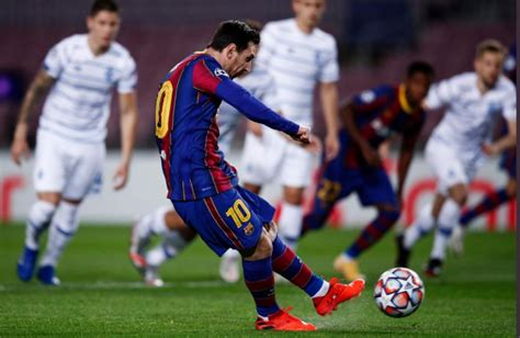 Barcelona Edge Dynamo Kiev in Champions League; AFC ...