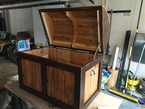 pirate chesttoy box build toy box plans wooden toy