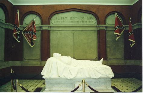 Confederate Flags Removed From Robert E Lees Tomb