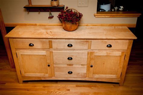 Maple Shaker Style Sideboard   pinandscroll.com