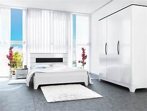Schlafzimmer Komplett Weiß Hochglanz : schlafzimmer komplett 4 teilig mit kleiderschrank schwarz wei hochglanz neu komplett ~ Indierocktalk.com Haus und Dekorationen