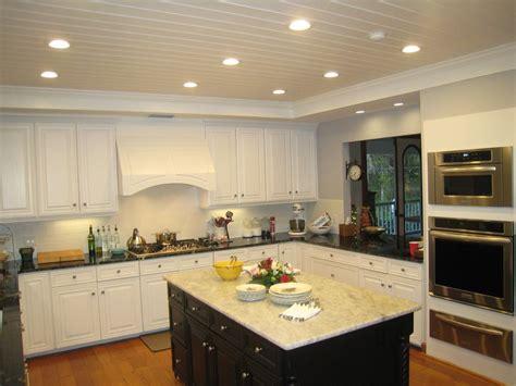 cuisine espace cuisine amenagement cuisine petit espace avec violet couleur amenagement cuisine petit espace