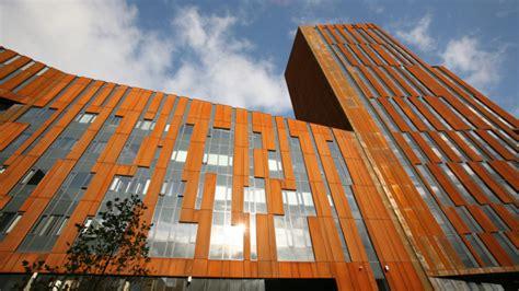 modern architecture trail  leeds leeds list