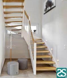 Kosten Neue Treppe : wangentreppe wei und eiche geschlossene stufen ~ Lizthompson.info Haus und Dekorationen